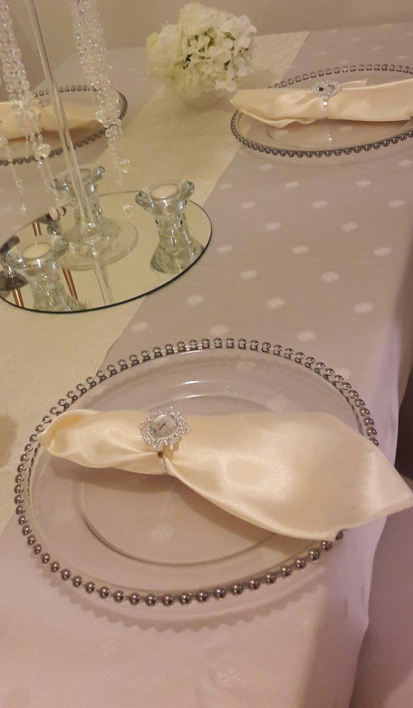 Klubové taniere