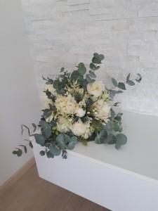 svadpbná kytica